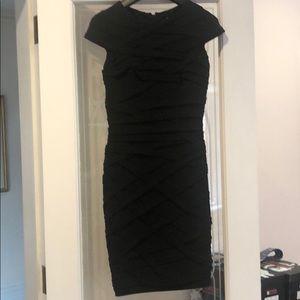 Tadashi Shoji Black Dress New.Size Small Beautiful